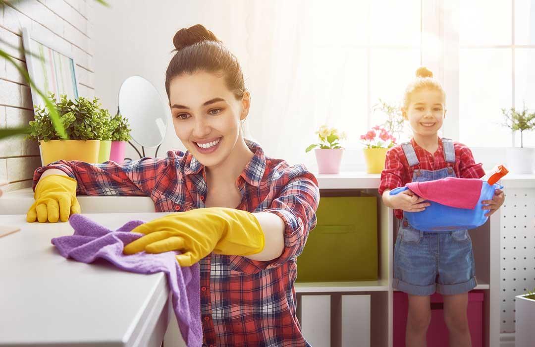 cerca domestica tata
